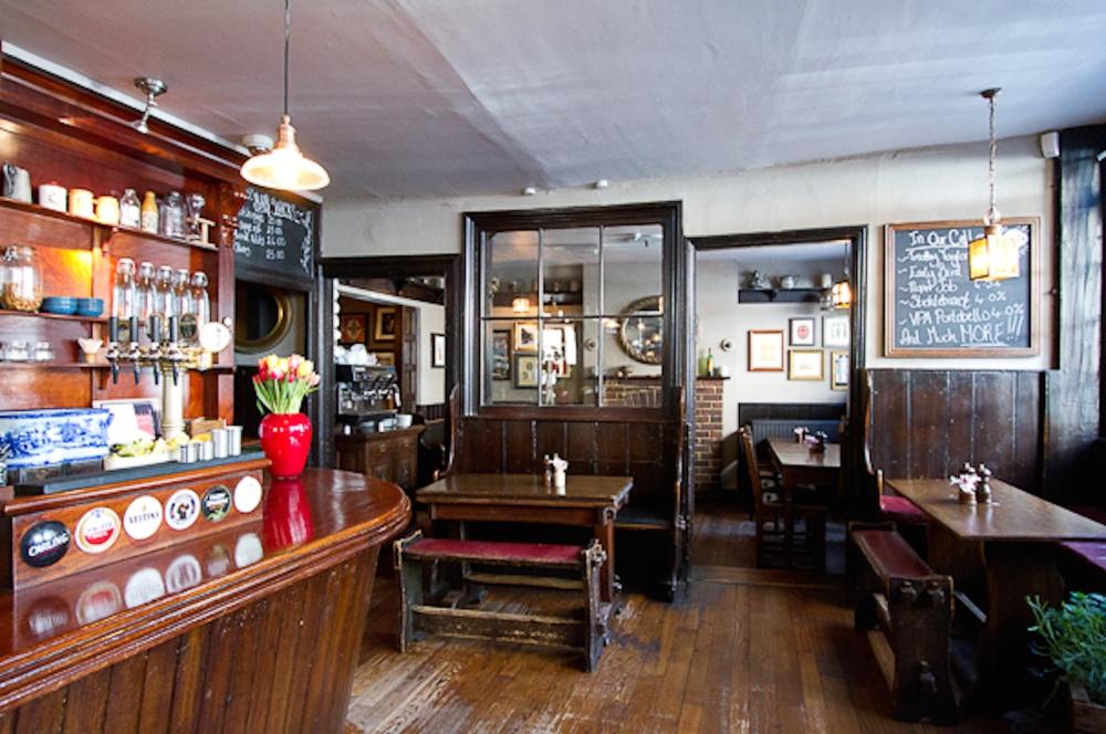 My London Pub Quad (2/6)